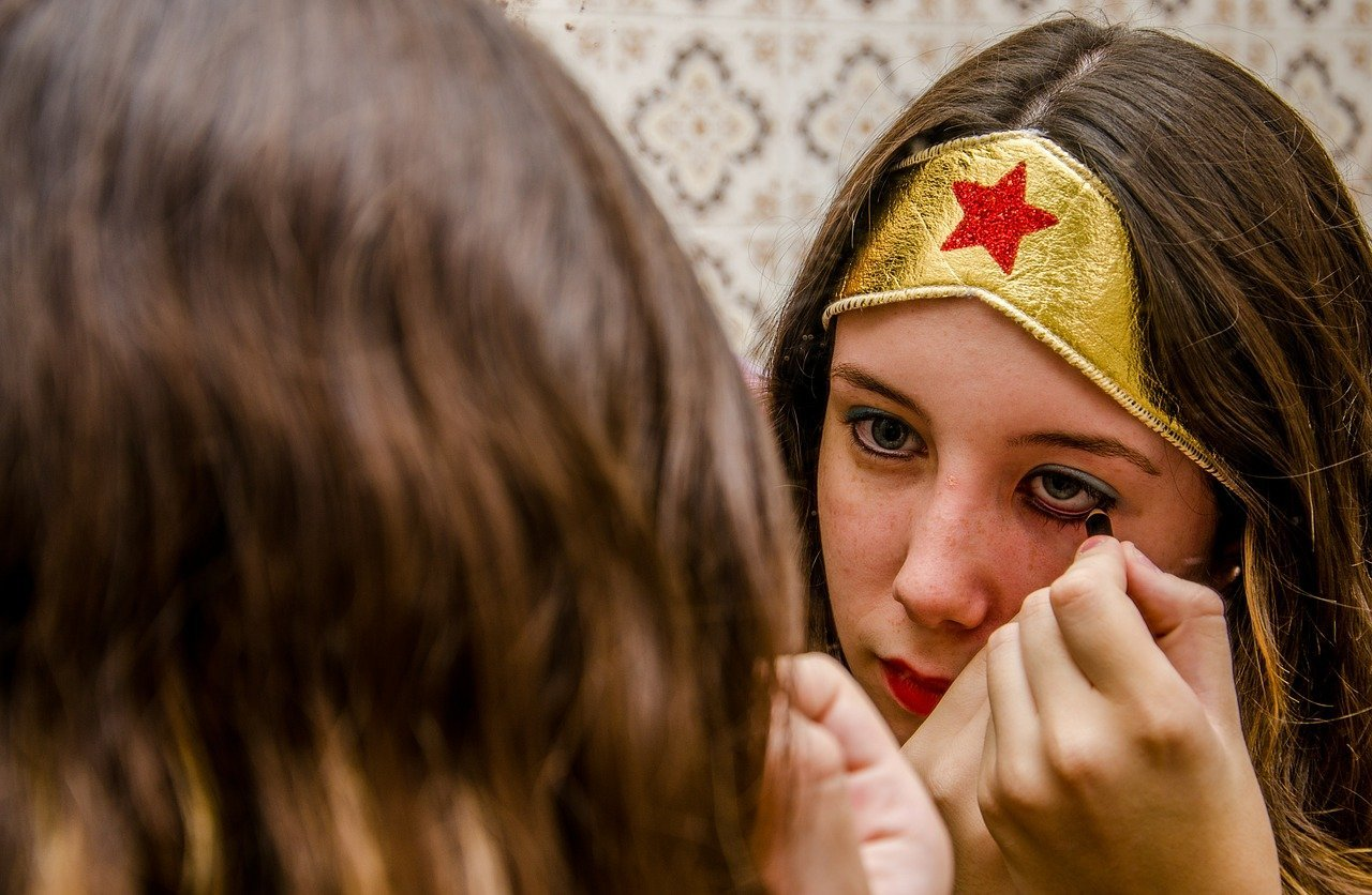 makeup wonder woman